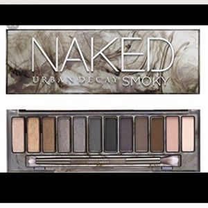 URBAN DECAY NAKED PALETTE SMOKY ✨